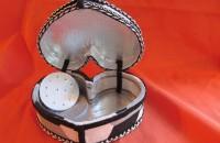 Boite à bijoux ouverte